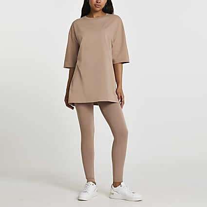 Beige short sleeve oversized t-shirt