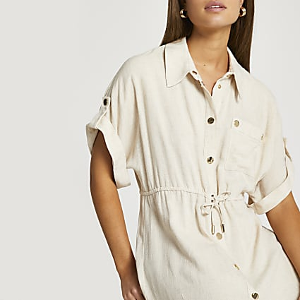 Beige short sleeve tie waisted shirt dress