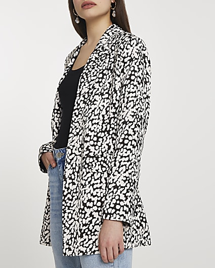 Beige soft printed belted blazer
