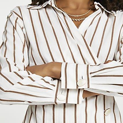 Beige stripe side tuck long sleeve shirt
