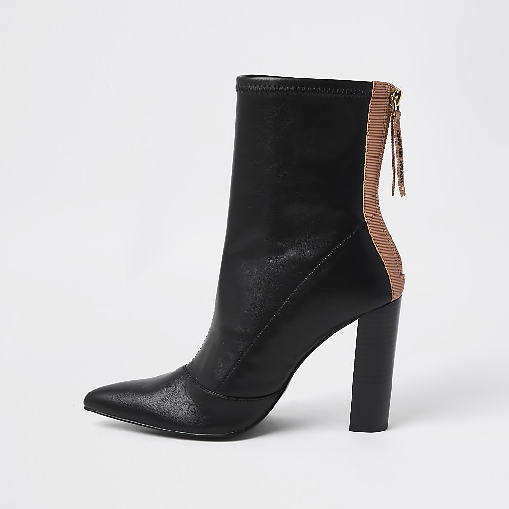 Black  point toe stitch detail ankle boots