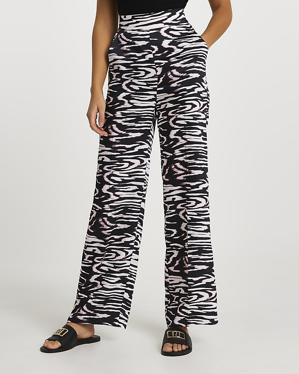 Black abstract print wide leg