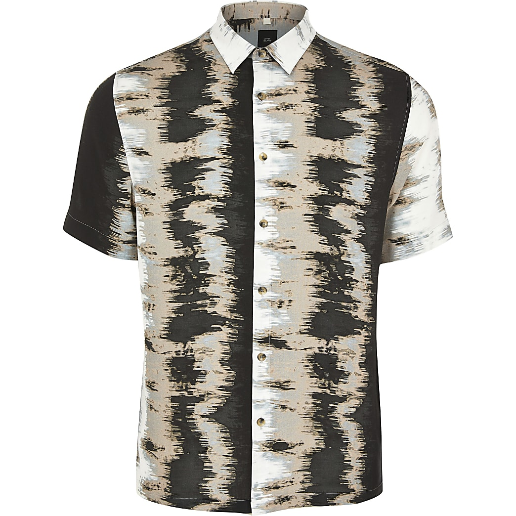 Black abstract printed short sleeve shirt