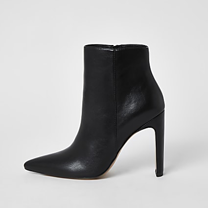 Black ankle skinny heel boots