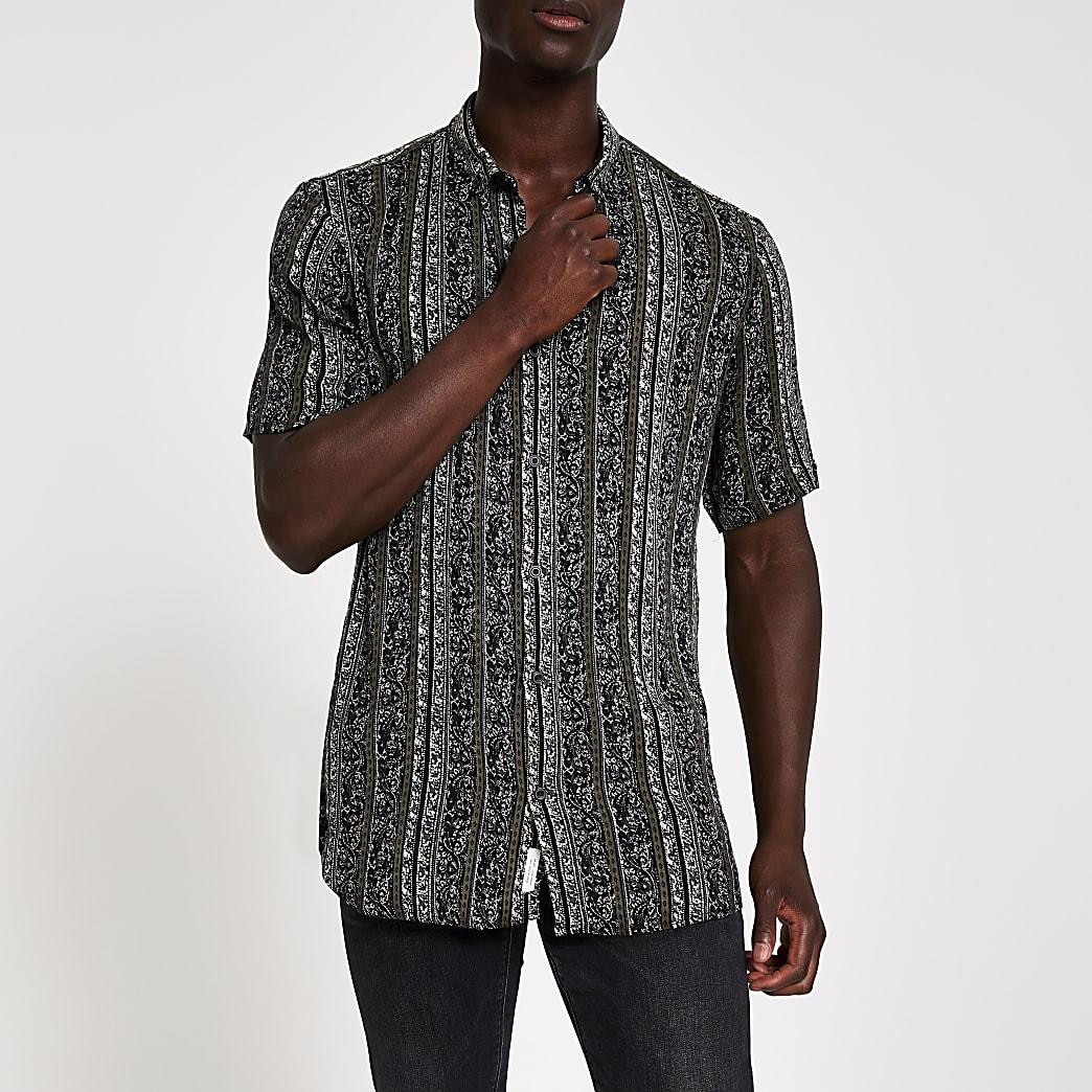 Zwart overhemd met aztekenprint en korte mouwen