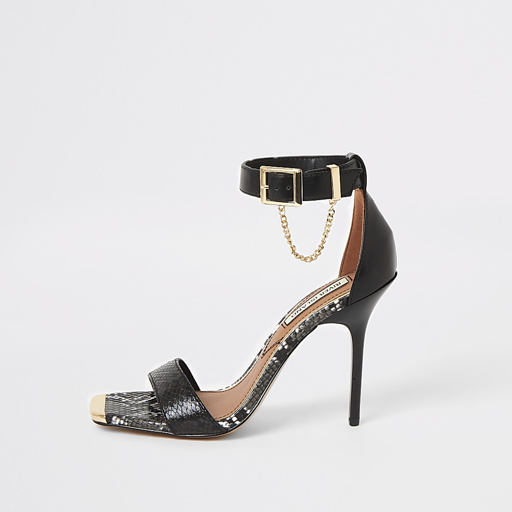 Minimalistische High-Heel-Sandalen mit eckiger Zehenkappe in Schwarz