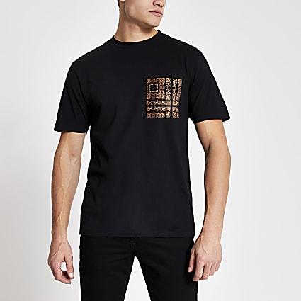 Black baroque print pocket slim fit T-shirt