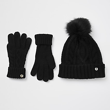 Black cable knit hat and gloves gift set