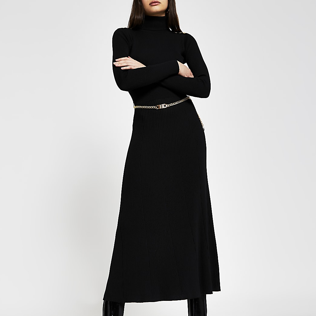 Black chain detail ribbed long sleeve dress
