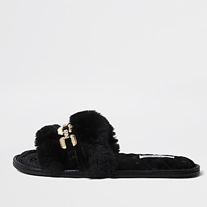 Black chain front faux fur slippers