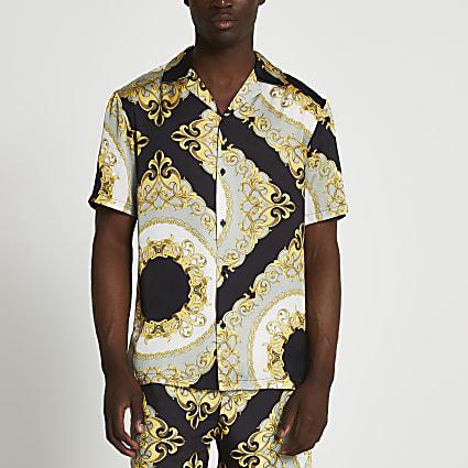 Black chain print revere shirt