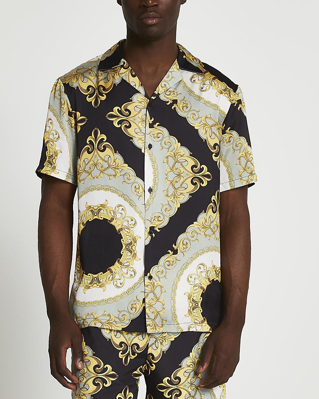 Black chain print revere short sleeve shirt