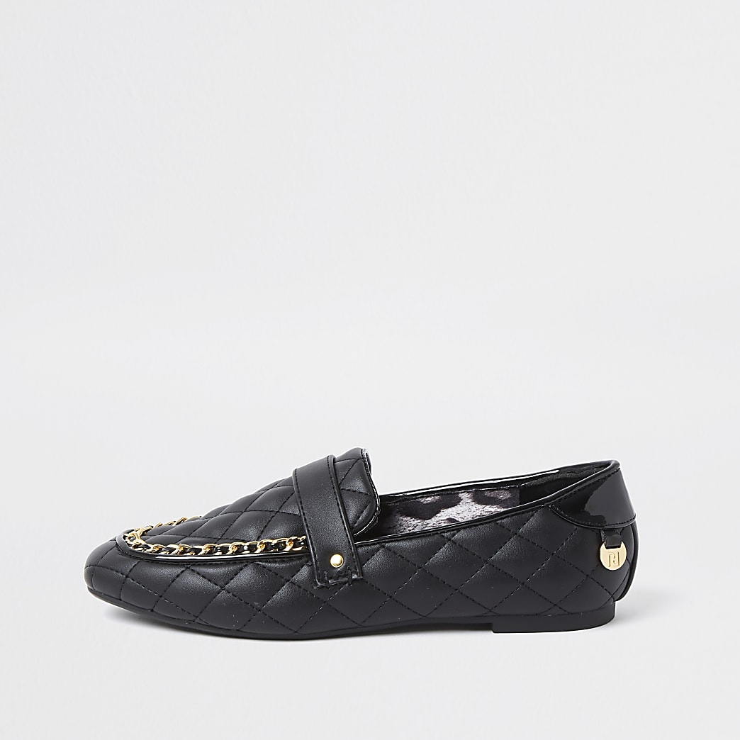 Black chain quilted loafers