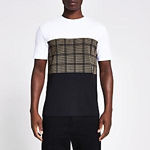 Kurzärmliges T-Shirt in Schwarz in Blockfarben mit Karobahn
