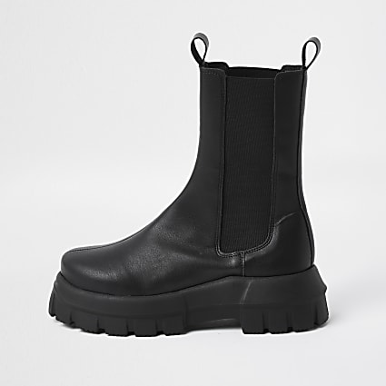 Black chunky chelsea flat ankle boots