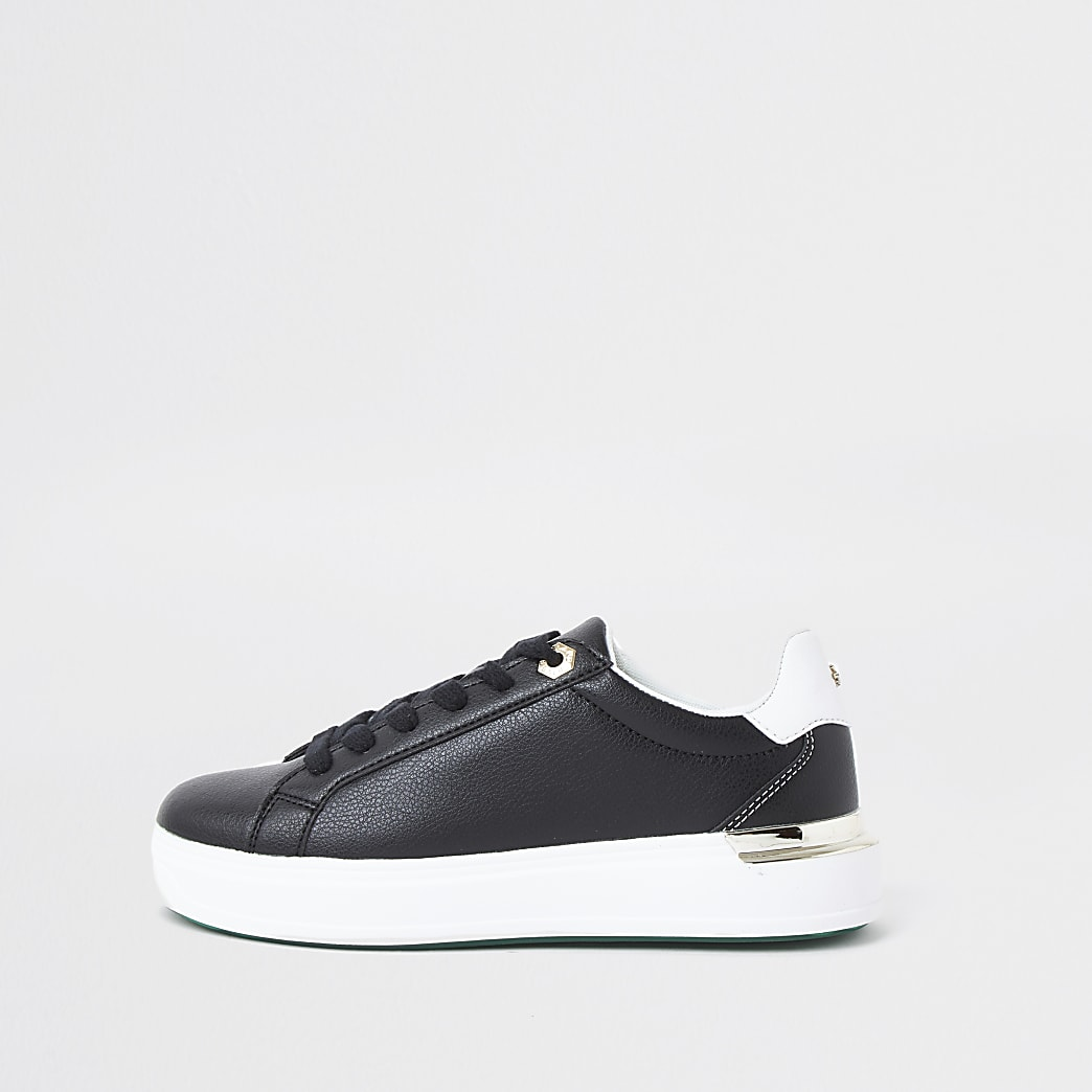 Black chunky flat lace up trainer