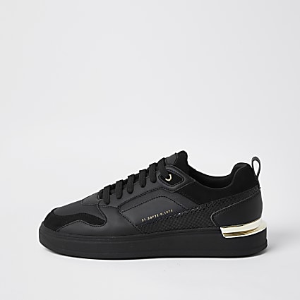 Black chunky sole runners