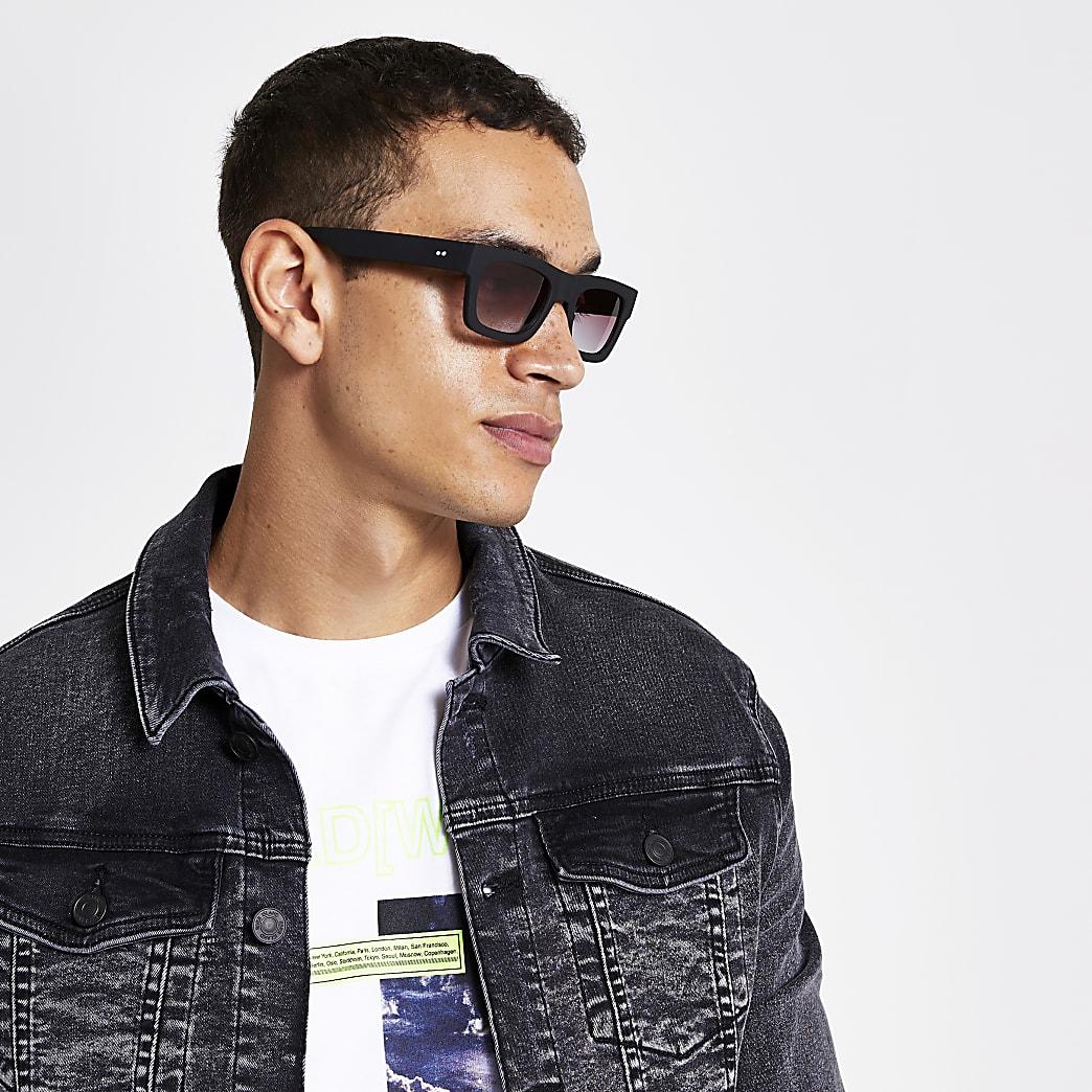 Black chunky square sunglasses