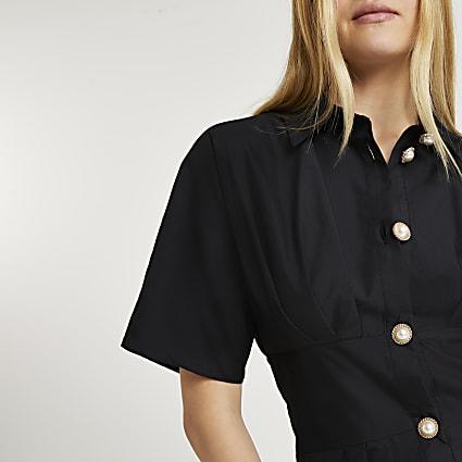 Black cinched waist poplin shirt