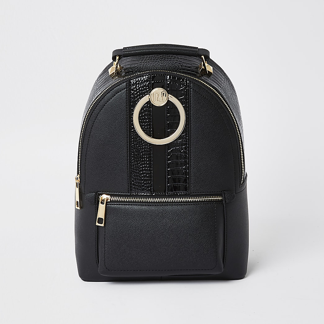 Black circle ring backpack