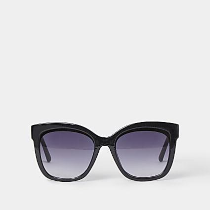 Black classic glam sunglasses