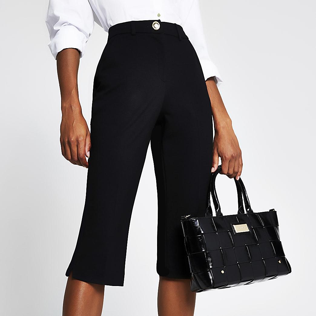 Black clove capri trouser