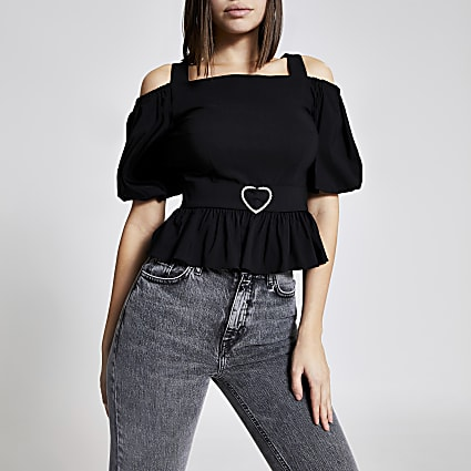 Black cold shoulder heart belted top