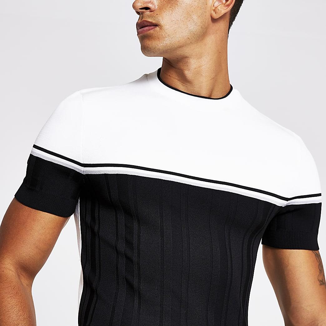 Schwarzes Muscle Fit Feinstrick-T-Shirt in Blockfarben