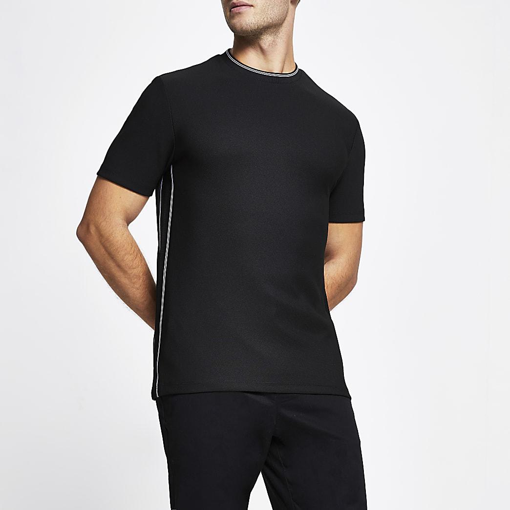 Black contrast stitch slim fit t-shirt