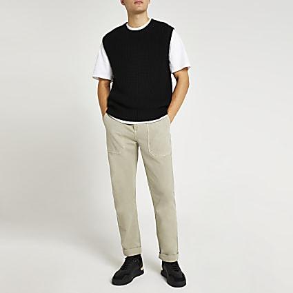 Black crew neck knitted vest