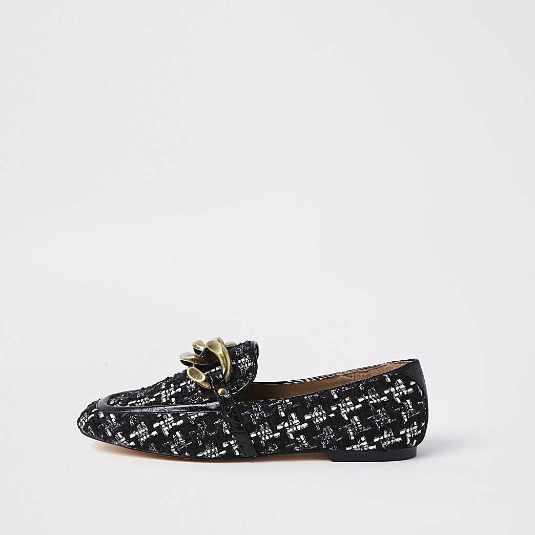 Black dogtooth chain detail loafers