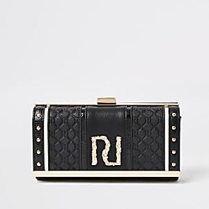 Zwarte portemonnee met reliëf, RI-print en druksluiting