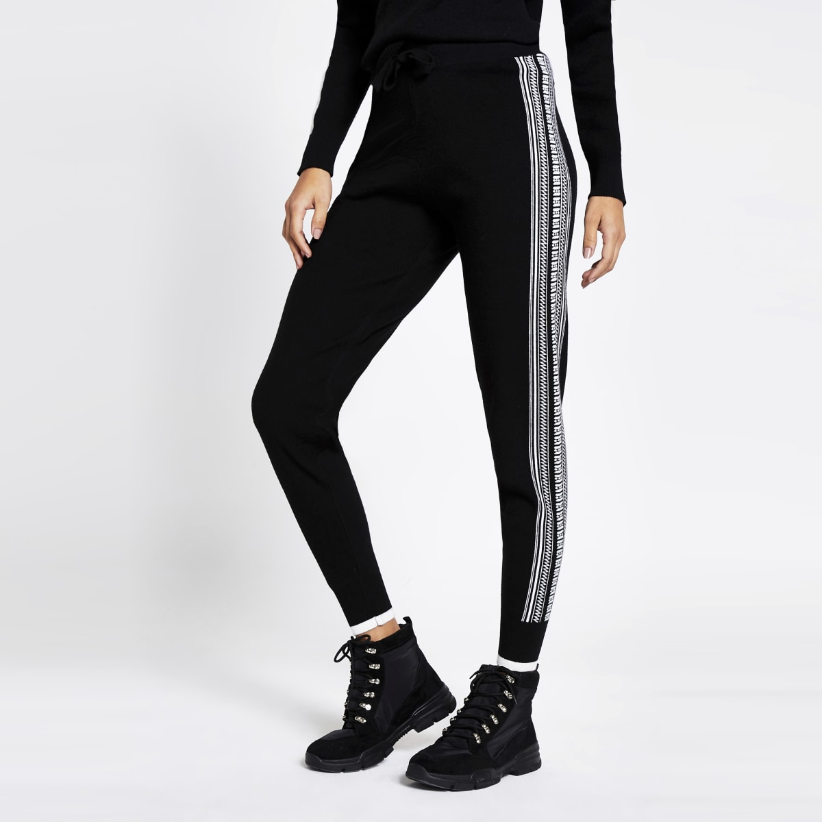 Pantalon de jogging noir avec bande latérale impriméejacquard