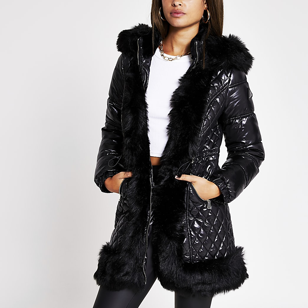 Black faux fur trim quilted coat