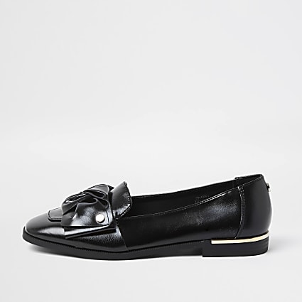 Black faux leather bow loafers