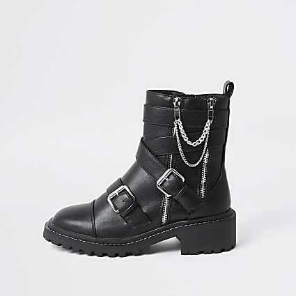 Black faux leather chain buckle boots