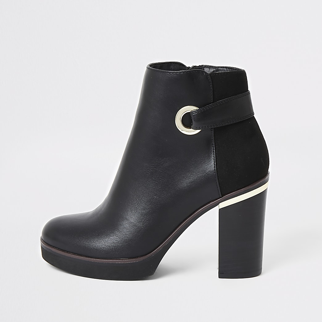 Black faux leather eyelet platform boot