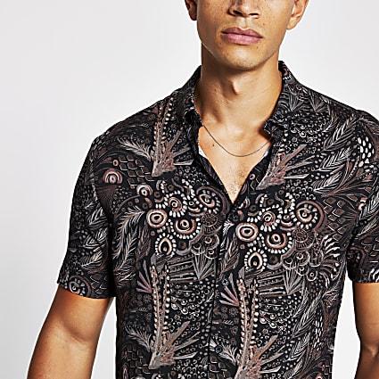 Black feather printed slim fit shirt