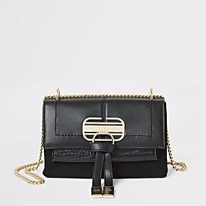 Schwarze Handtasche zum Umhängen mit vorderer Klappe
