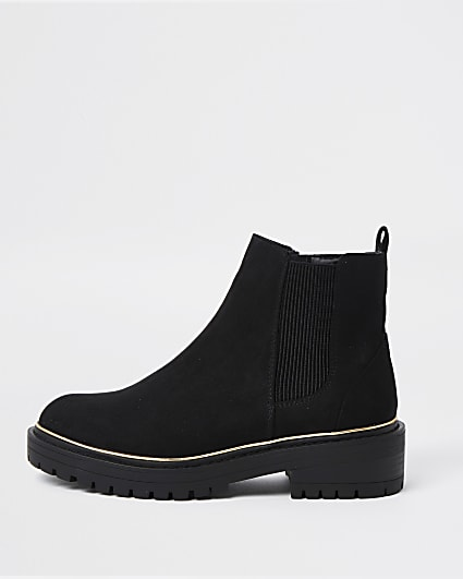 Black flat chunky chelsea ankle boots