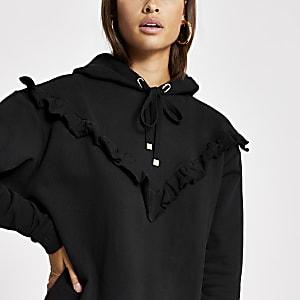 Schwarzer Hoodie im Rippenstrick mit Rüschen aus Chevron