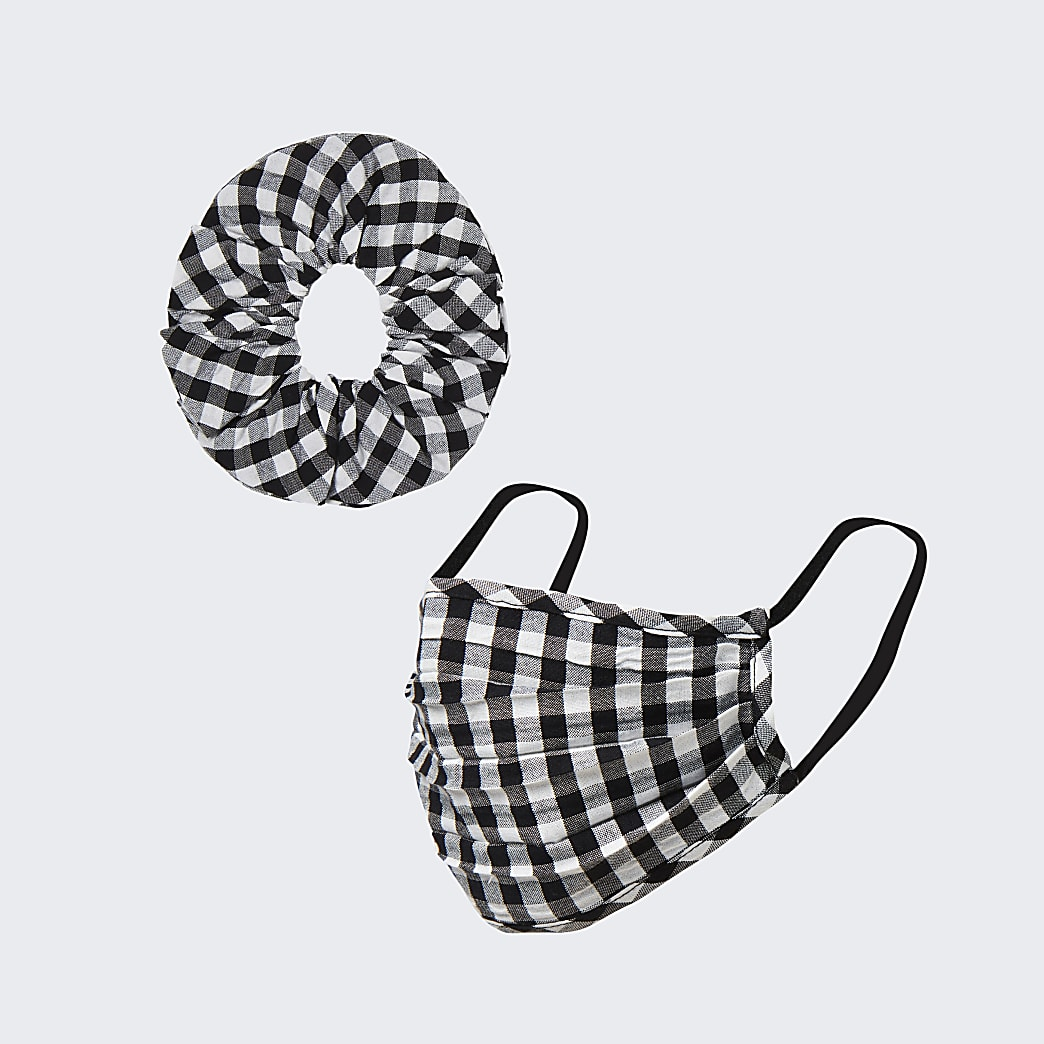 Black gingham face covering and scrunchie