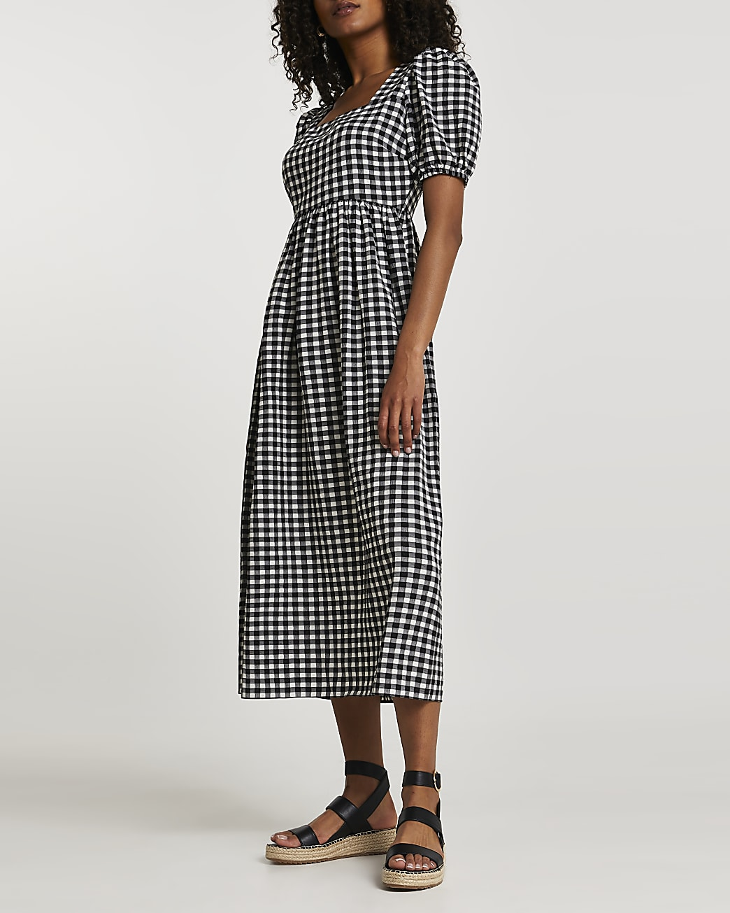 Black gingham puff sleeve midi dress