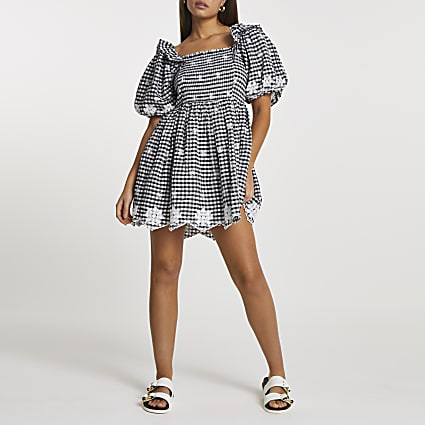 Black Gingham puff sleeve midi dress