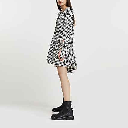 Black gingham tie neck smock mini dress