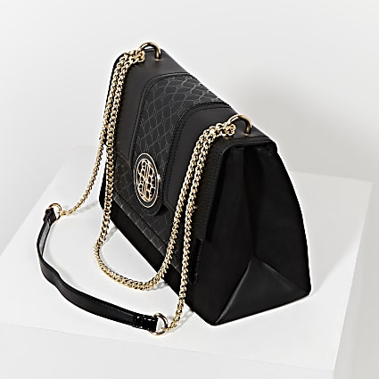 Black gold chain shoulder bag