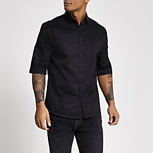 Schwarzes Regular Fit Satin-Hemd mit halblangem Ärmel