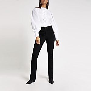 Schwarze Bootcut Jeans mit hohem Bund