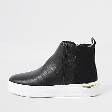 Black high top RI trainers