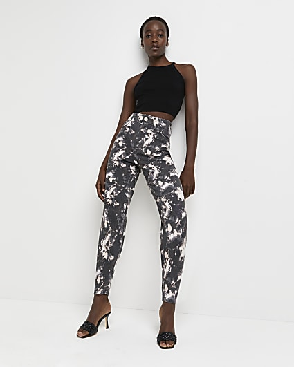 Black high waisted tapered jeans